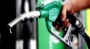 Moins de voitures, trop de pétrole! le cours du baril à terme est passé en-dessous de zéro