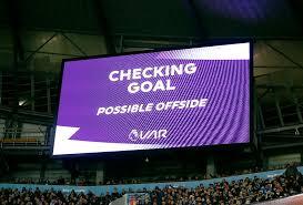 Foot-FIFA Officiel: La FIFA autorise 5 remplacements et annulation du VAR.