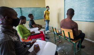 HaHaïti-Education: Les examens officiels se déroulent suivant le calendrier révisé, selon le MENFPïti-Education: Les enseignants absentéistes ne seront pas rémunérés dixit MENFP