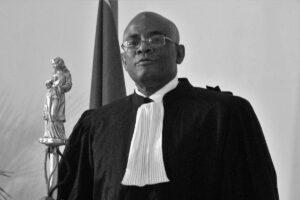 """Affaire Dorval: La famille du défunt prévoit des funérailles en """"stricte intimité"""""""