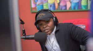 L'émission « Masse écoute » vénère Samy B de King Posse