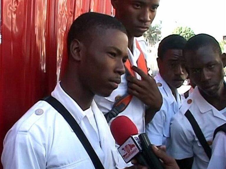 Haïti-Éducation: les élèves du Lycée d' Alexandre Pétion livrés à eux-mêmes